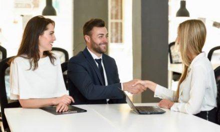 Jak zbudować bazę klientów na ubezpieczenia poprzez rekomendacje