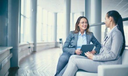 Jak rozmawiać z klientem, żeby kupił ubezpieczenie
